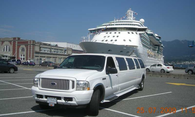 The final long weekend of the summer with Limo Vancouver